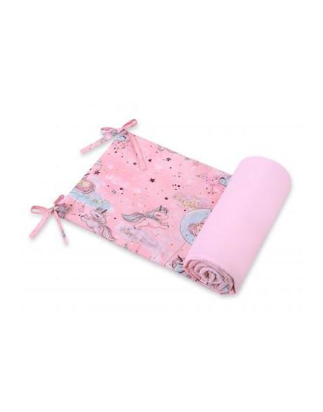 Uniwersalny ochraniacz do łóżeczka - jednorożce różowe